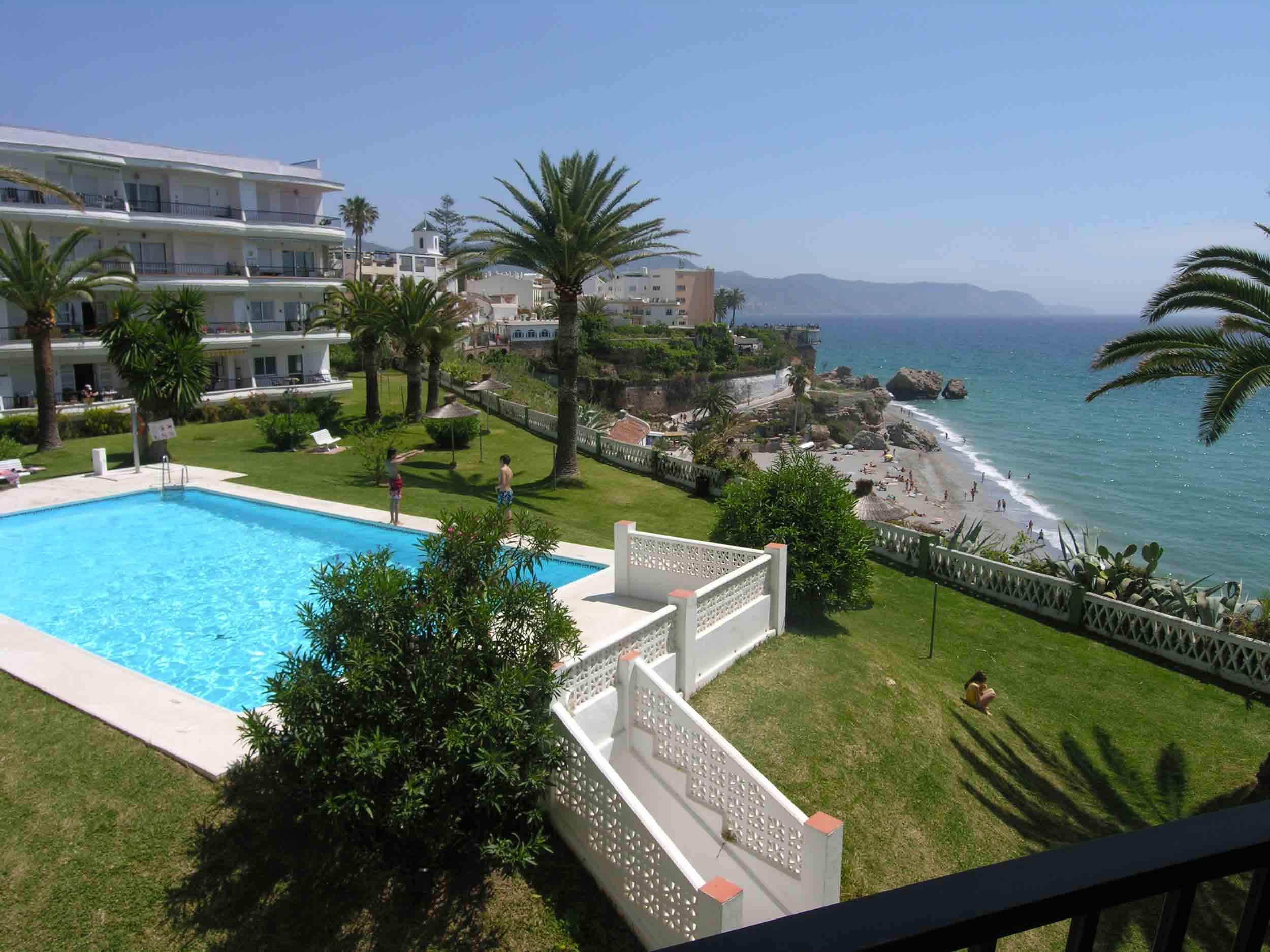 Awesome Accommodation In Nerja, Nerja Accommodation, Villas In Nerja, Nerja Villas, Nerja  Apartments